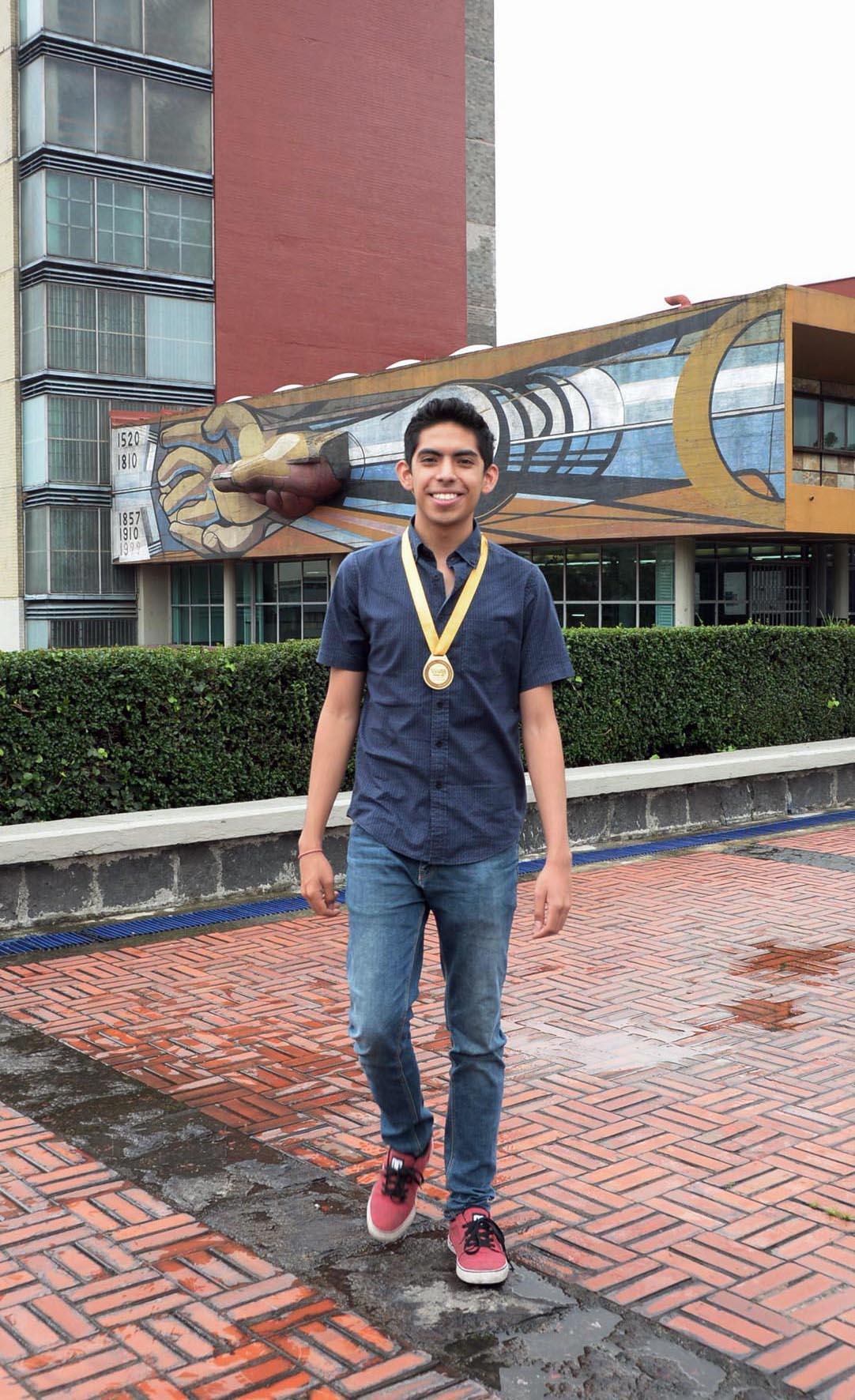 Alumno de la UNAM gana oro en Olimpiada Iberoamericana de Biología ...