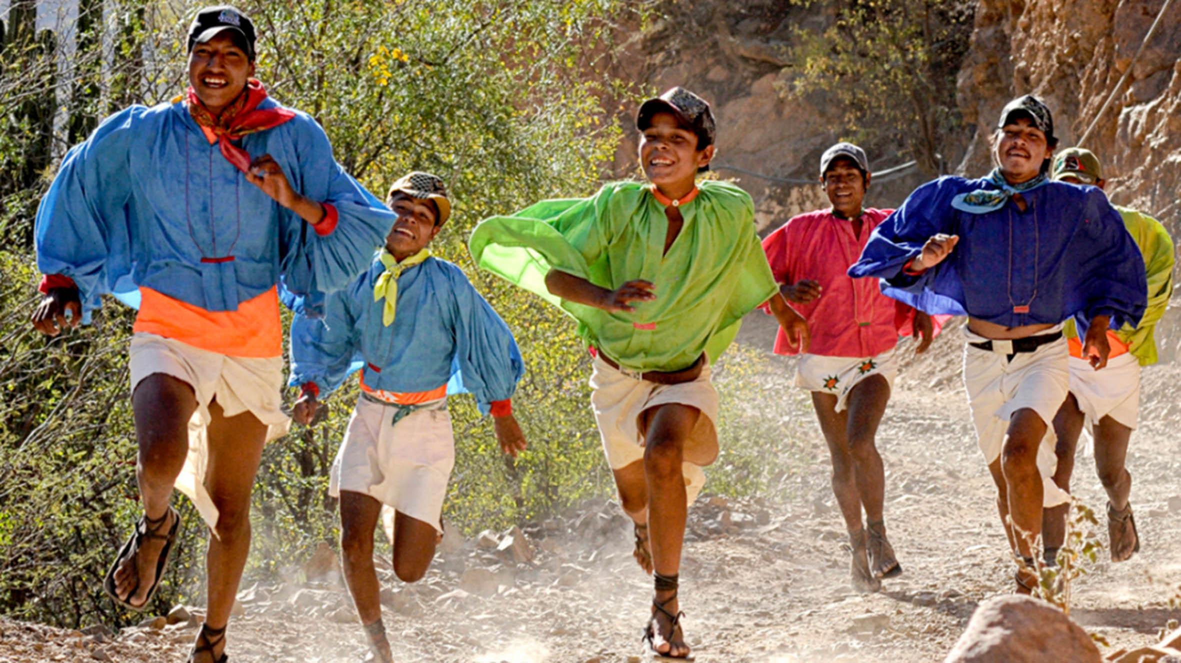 Investigadores de la UNAM buscan explicar capacidad y resistencia de los tarahumaras para correr