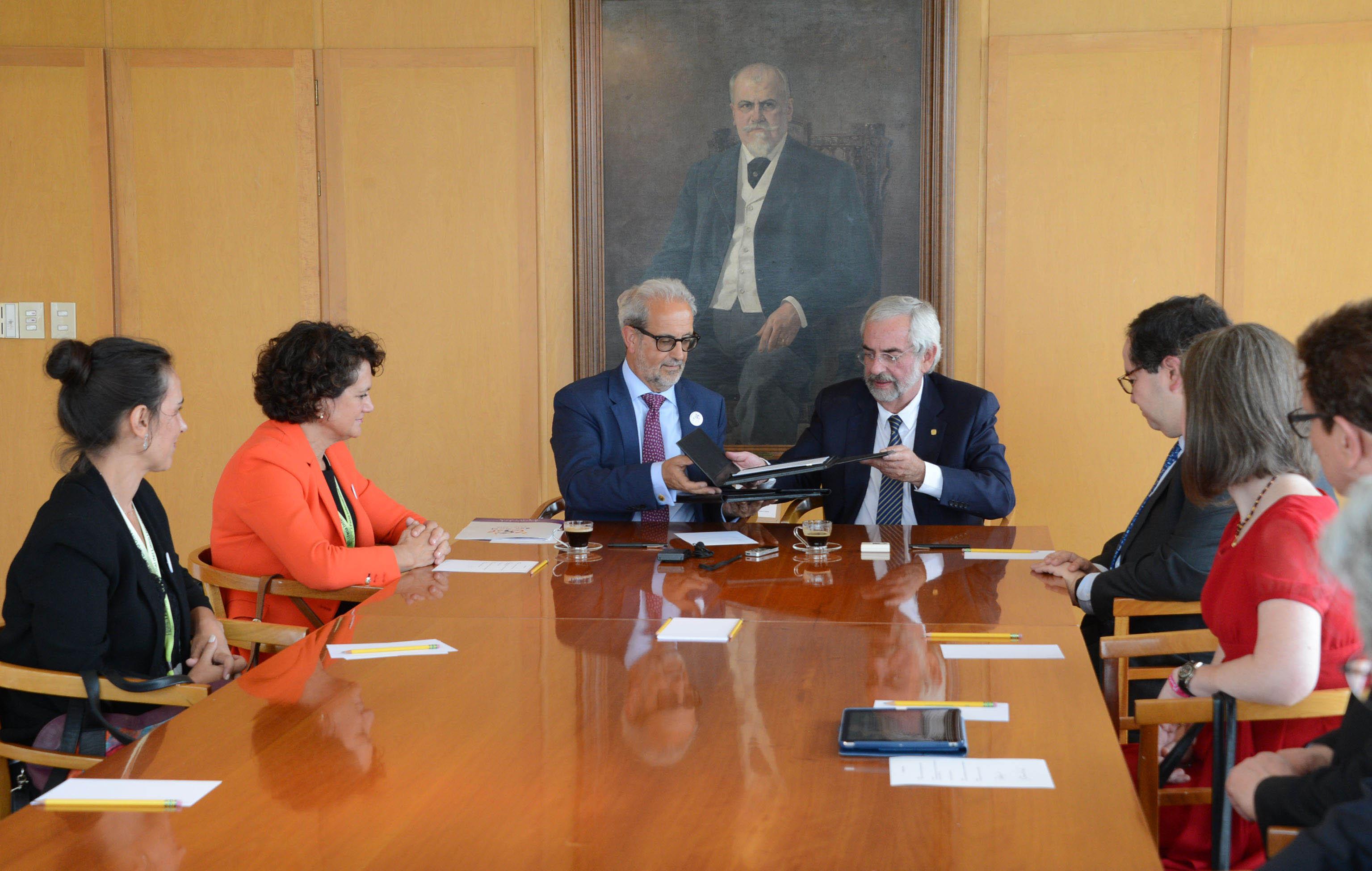 UNAM y Universidad de Salamanca establecen programas académicos de ...